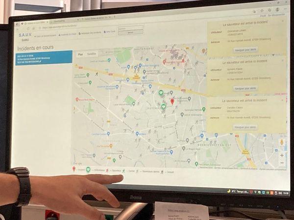 Une fois inscrit  et grâce à un système de géolocalisation, vous êtes alertés par notification lorsqu'une victime a besoin d'une intervention rapide à proximité.