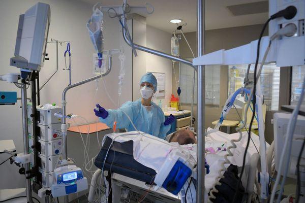 L'ARS constate une baisse de 19 % des patients Covid en soins critiques en Paca.