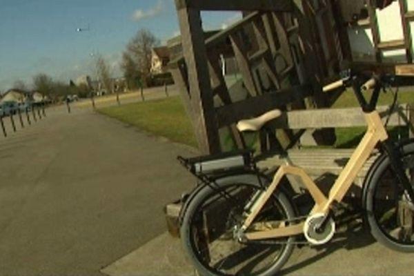 Le premier vélo à cadre bois des Vosges.