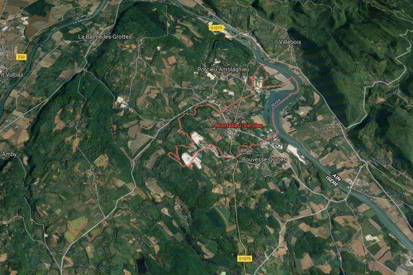 Deux femmes ont perdu la vie dans une violent collision survenue sur la D1075 à Montalieu-Vercieu (Isère).