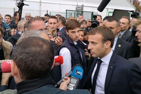 Emmanuel Macron au Sommet de l'Elevage, vendredi 4 octobre, à la Grande Halle d'Auvergne.