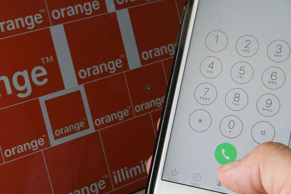 Les appels voix entrants et sortants entre Orange et les autres opérateurs ont été de nouveau perturbés pour la deuxième journée consécutive mardi 15 mai, depuis le milieu de matinée jusqu'au milieu de l'après-midi, a annoncé l'opérateur historique.