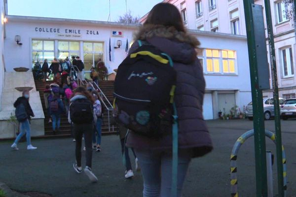 Une cellule psychologique a été mise en place au collège Emile Zola après l'accident qui a coûté la vie à une élève de l'établissement ce mardi 15 décembre 2020.