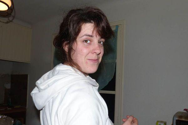 Marine Dupuy était originaire de Sâone-et-Loire. Elle a été tuée par son compagnon, le18 août 2014, à l'âge de 28 ans.
