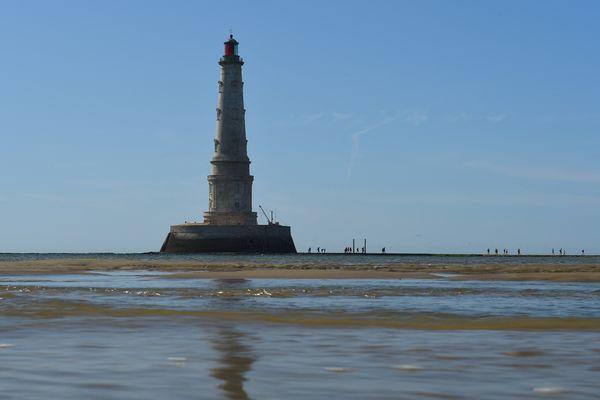 """Comme les gardiens de Cordouan, c'est la mer et la solitude qui ont attiré l'artiste dans """"le roi des phares""""."""