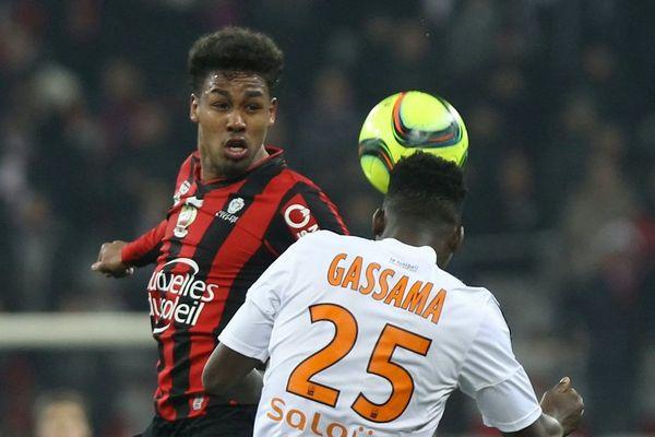 Lors du championnat de France de Ligue 1, Dorian Caddy de l'OGC Nice affronte Lorient, le 23 janvier 2016.