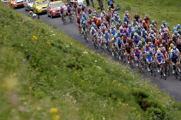 La ville de Brioude, en Haute-Loire, accueillera l'arrivée de la 9e étape du Tour de France, dimanche 14 juillet. On connaît désormais avec précision les détails de l'itinéraire et des horaires de cette étape qui partira de Saint-Etienne.
