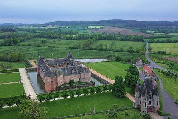 Dans l'Orne, le château de Carrouges bénéficiera d'un ciel assez éclairci dans l'après-midi de ce vendredi.
