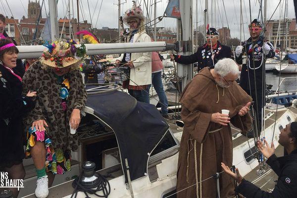 Kamini fait chapelle au Carnaval de Dunkerque