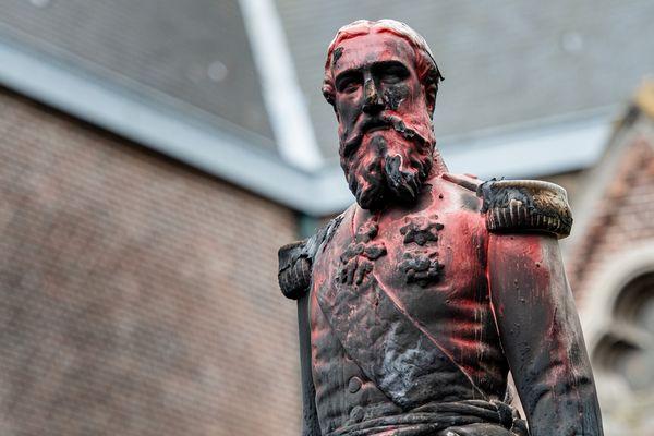 Une statue de Leopold II vandalisée à Anvers