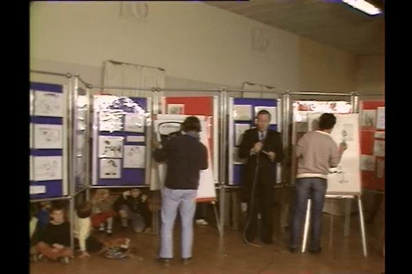 En octobre 1982, Claude Monnerie, journaliste de FR 3 Limousin-Poitou-Charentes, présentait le journal régional en direct du premier salon de Saint-Just-le-Martel, qui avait alors lieu au foyer des jeunes !