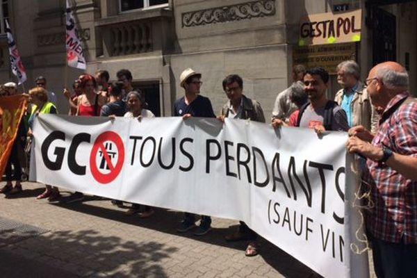 """""""Gco tous perdants"""", pour les opposants au projet de grand contournement ouest de Strasbourg"""