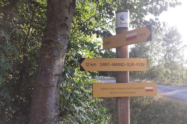 Plus de 5.000 kilomètres de sentiers et d'itinéraires de promenade sont recensés en Champagne-Ardenne.