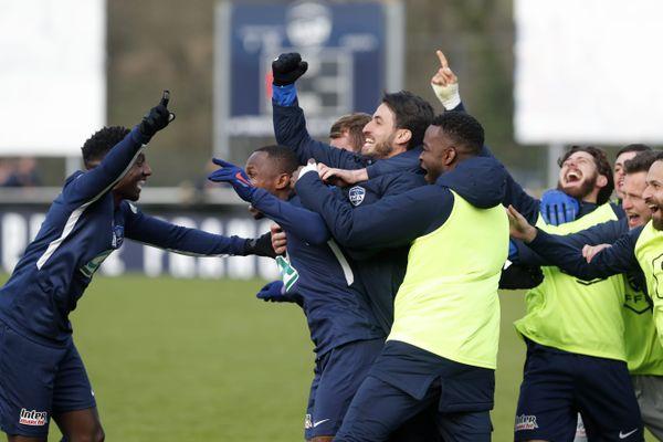 Les joueurs du GFA Rumilly-Vallières lors de leur victoire en seizièmes de finale de la coupe de France face à Annecy.