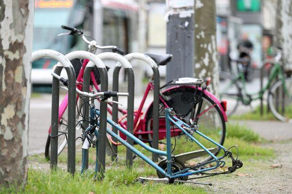 Le dispositif Vigivélo permet de lutter contre le vol de vélo. Un système de tracking permet de retrouver l'objet volé.