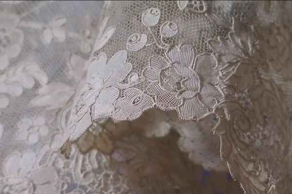 Le voile de la mariée du Musée de la Dentelle d'Alençon un trésor de savoir-faire du XIXe siècle
