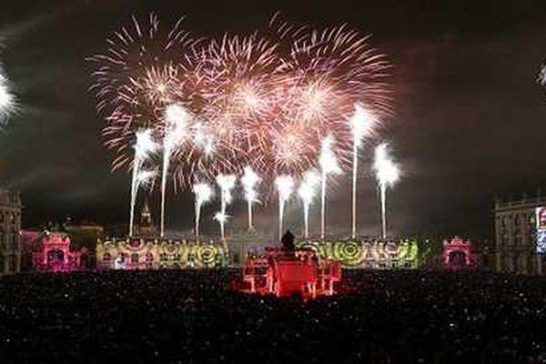 La place Stanislas, 30.000 spectateurs pour le feu d'artifice.