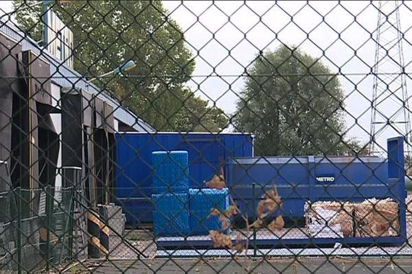 Les poubelles de l'entreprise Métro à Sotteville-lès-Rouen (Seine-Maritime)