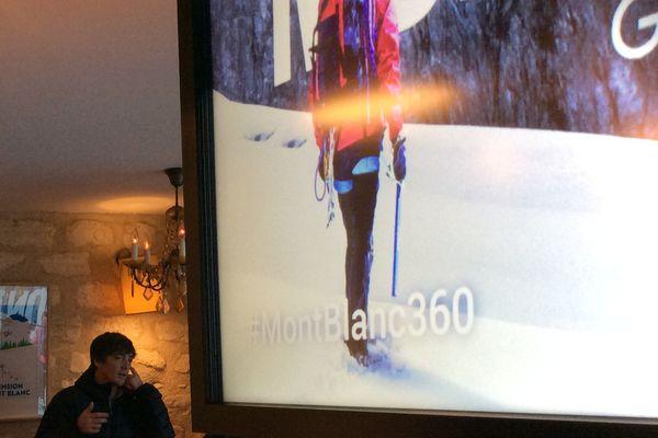 Le free rider Candide Thovex décrivant son rôle dans le projet d'exploration virtuelle du Mont-Blanc par Google