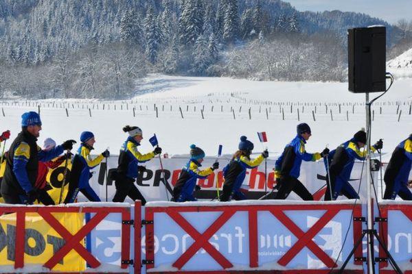le ski géant, mis en oeuvre par plus de dix skieurs fait parti de la tradition