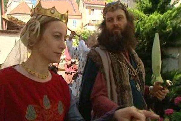 Le roi Arthur et la reine Guenièvre, aux Médiévales de Saint-Ursanne