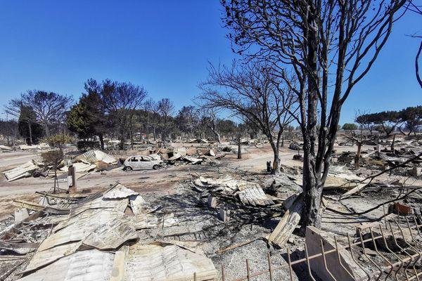 Deux campings ont été ravagés lors du feu.