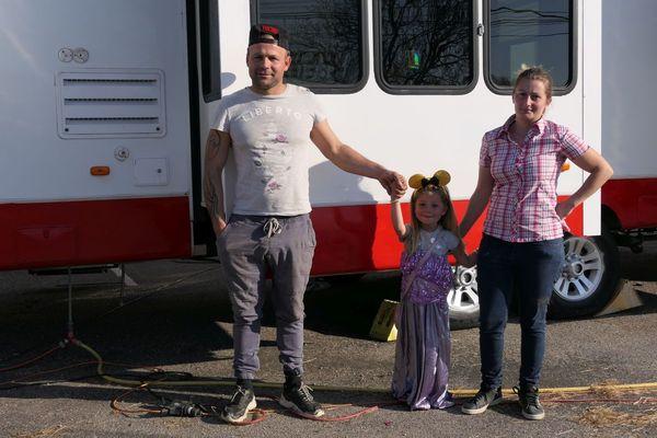 Louis, Lucie Bornot et leur fille Morgane du Cirque Circus