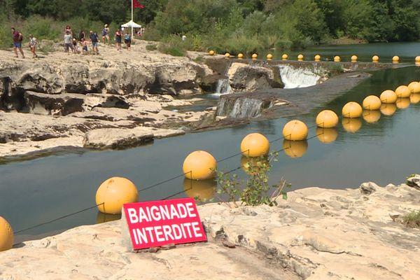 Gard : les Cascades du Sautadet à La Roque-sur-Cèze sont interdites à la baignade - août 2020.