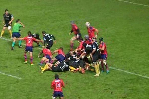 Béziers (Hérault) - Carcassonne s'impose 14 à 10 au Stade de la Méditerranée - 17 novembre 2012.