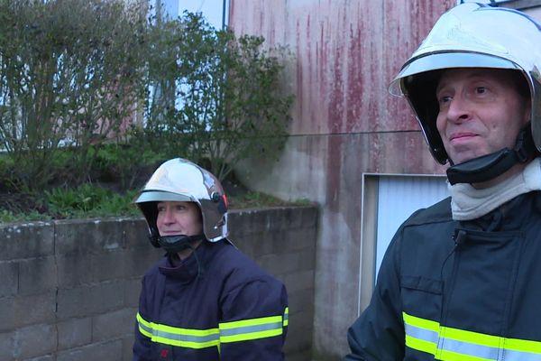 Stéphanie et son compagnon Stéphane sont tous les deux sapeurs-pompiers volontaires au Centre de secours de Landes-le-Gaulois