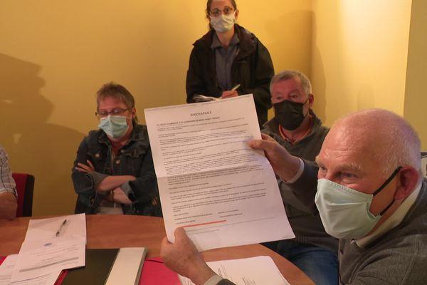 Le maire de Mont-Saint-Vincent maintient ne pas cautionner le projet.