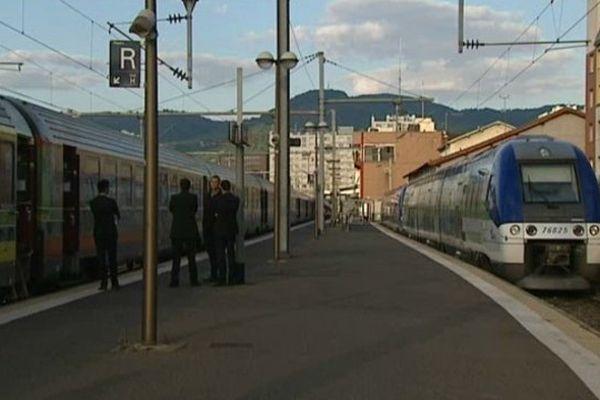 Mardi 17 juin : 7ème jour de grève à la SNCF. En Auvergne, un train sur deux a circulé.