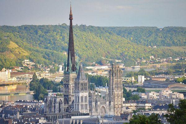 La cathédrale de Rouen vue du quartier Saint-Gervais