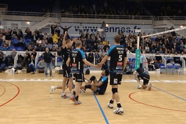Championnat de France de Volley-ball Pro B :   ce 19 mars, Rennes bat Martigues en quatre sets 3-1