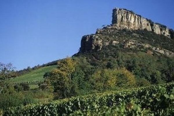 La roche de Solutré située en Saône-et-Loire