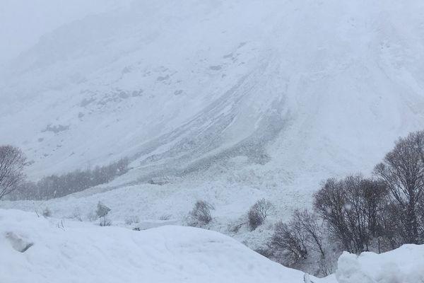 Un couloir d'avalanche purgé à Bonneval-sur-Arc