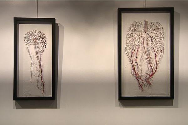 Œuvres de Deborah Lothe, artiste plasticienne.