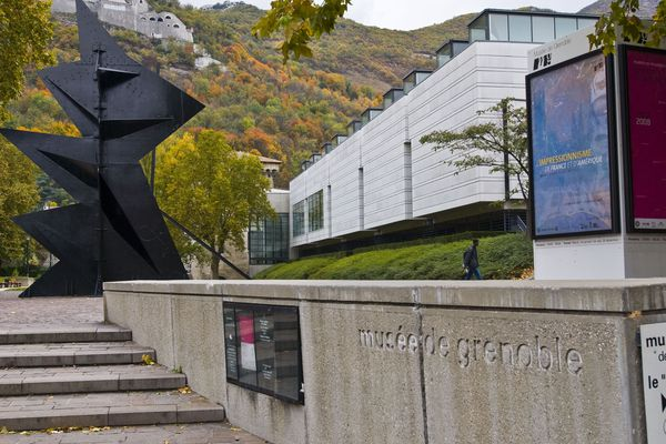 L'esplanade du musée de Grenoble. (Illustration)