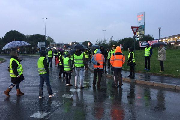 Début de blocage à Près d'Arènes à Montpellier - 17 novembre 2018