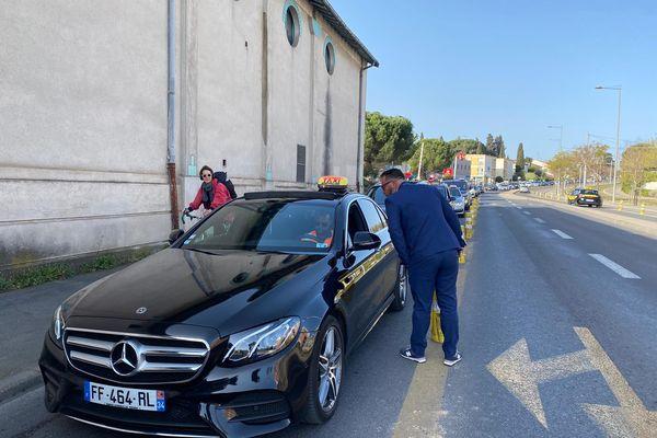 A Montpellier, les chauffeurs de taxi se mobilisent pour de conserver leur droit de passer sur les voies mixtes - 2 avril 2021