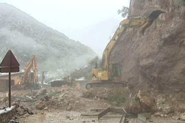 Un gros éboulement avait déjà entraîné une coupure de la route dans la vallée de la Tinée en décembre 2012.