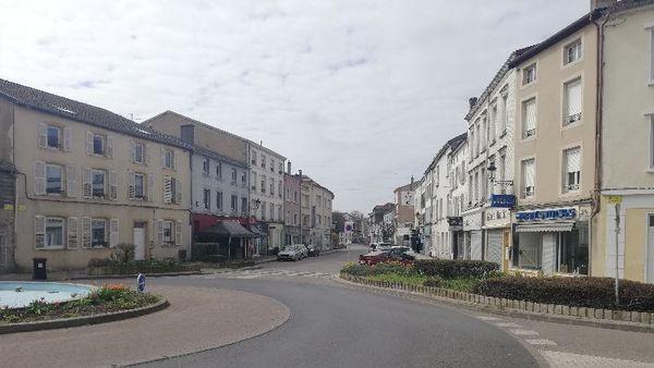 Des rues vides et des gens seuls , à Boulay comme ailleurs