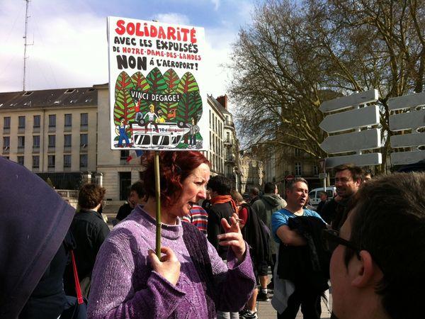 De nombreux activistes sont restés sur place à Notre-Dame-des-Landes à priori plutôt que venir à Nantes pour manifester.