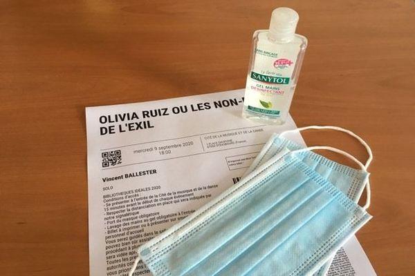 Les consignes sanitaires sont rappelées sur le billet d'entrée. Parmi elles : port du masque et gel obligatoires.