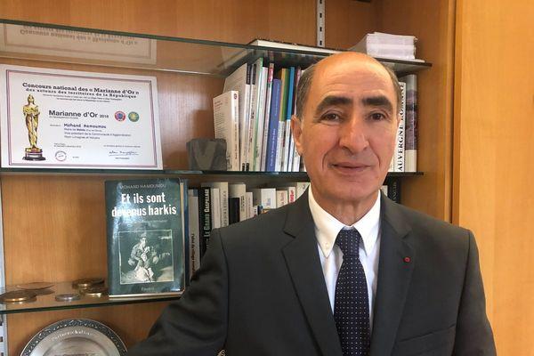 Mercredi 25 septembre, Mohand Hamoumou, maire de Volvic, participera à la Journée nationale d'hommage aux harkis.