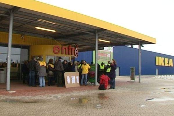Les salariés de St Priest débrayent lors d'un précédent mouvement de grève en Février 2010