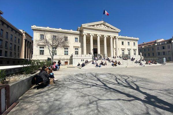 Le palais de justice de Marseille