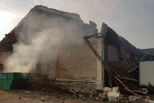 L'enquête n'a pas encore déterminé l'origine de l'incendie