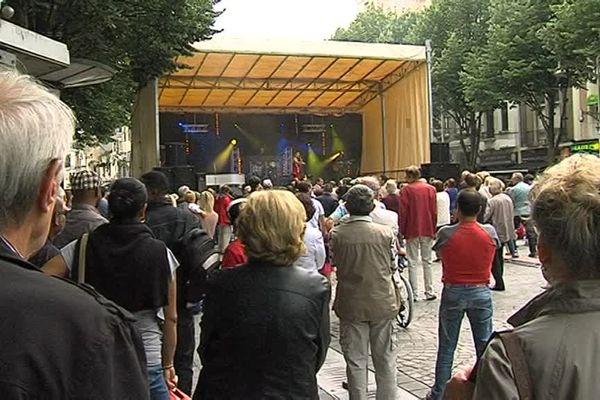 Pas de bal populaire, comme par le passé, à Reims.