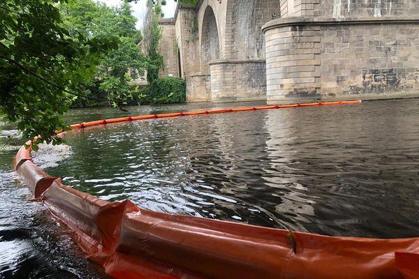 Les pompiers de Haute-Vienne ont été alertés par des riverains, à cause d'une odeur désagréable.